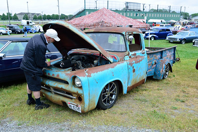 Unfinished Nationals 11th Anniversary Car Show & Swap Meet