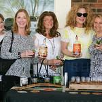 BarbaraCravens, Susan Graves, Mary Riggs, Caroline Knp andLisa Tuell Ballotin.