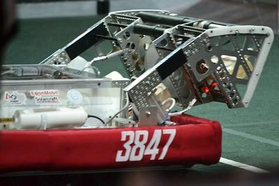 2016 First Bayou Regional Robotics Competition - Bouvier - 325