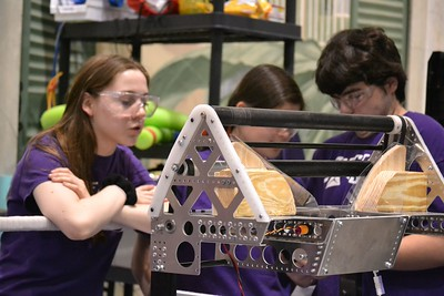2016 FIRST Bayou Regional Robotics - Spectrum 3847 - 204
