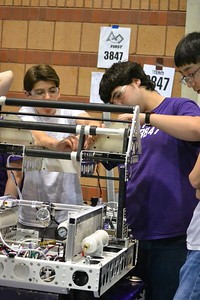 2016 First Bayou Regional Robotics Competition - Bouvier - 006