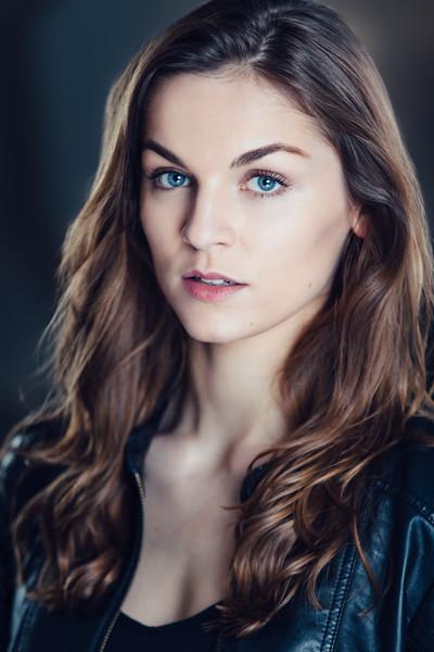 Chloe Higham-Smith headshot by Greg Veit_110-Edit