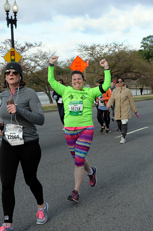 2016 Credit Union Cherry Blossom 5K Run-Walk - Photos by Bob Mallet