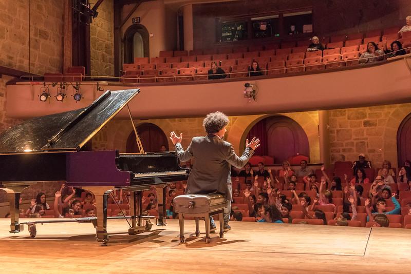 Aldo López-Gavilán at Jarvis Conservatory