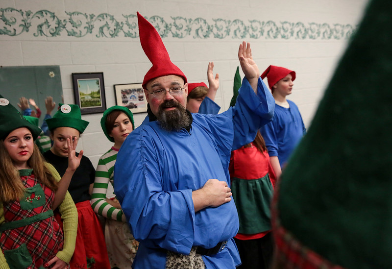 JNEWS_1204_Gnomes_02.jpg
