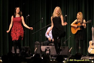 Ennis Sisters Josephburg 170