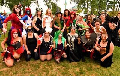 VILLAINOUS VIXENS GROUP
