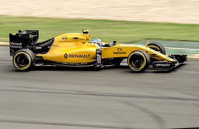 Jolyon Palmer, number 30, 2016 Australian F1 Grand Prix