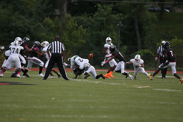 Football: Wilson vs. HD Woodson