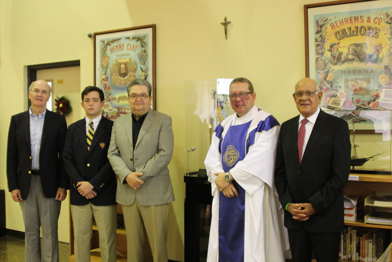 Father Pedro Cartya, S.J. said the Mass for the Middle School in the Roca Theater and Father Willie García-Tuñón, S.J said the Mass for the High School in the Roberto Goizueta Athletic Center.