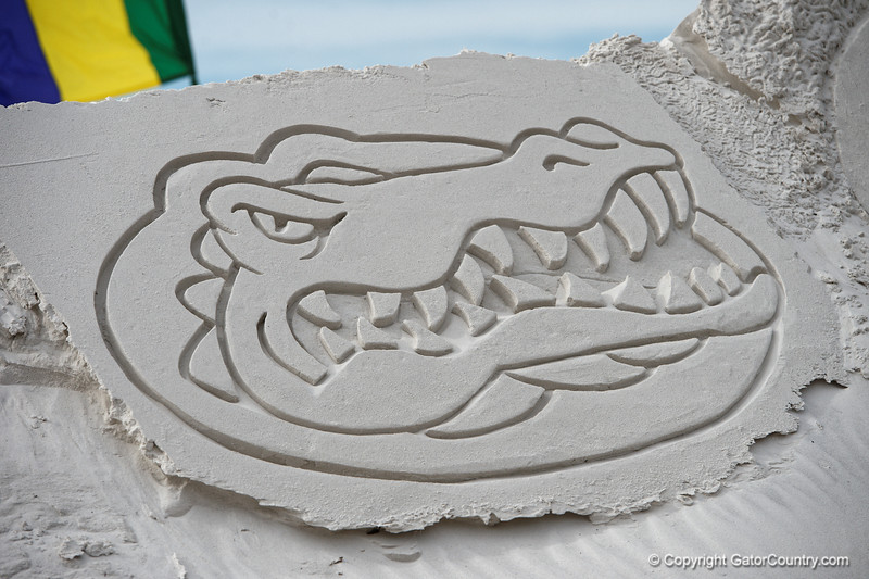 Florida Gators Outback Bowl 2016 Beach Day
