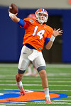 Florida Gators quarterback Luke Del Rio and the Florida Gators football team took to the indoor practice facility on Wednesday for another spring practice as the Gators prepare for their annual Orange and Blue Game.  March 30th, 2016.  Gator Country photo by David Bowie.
