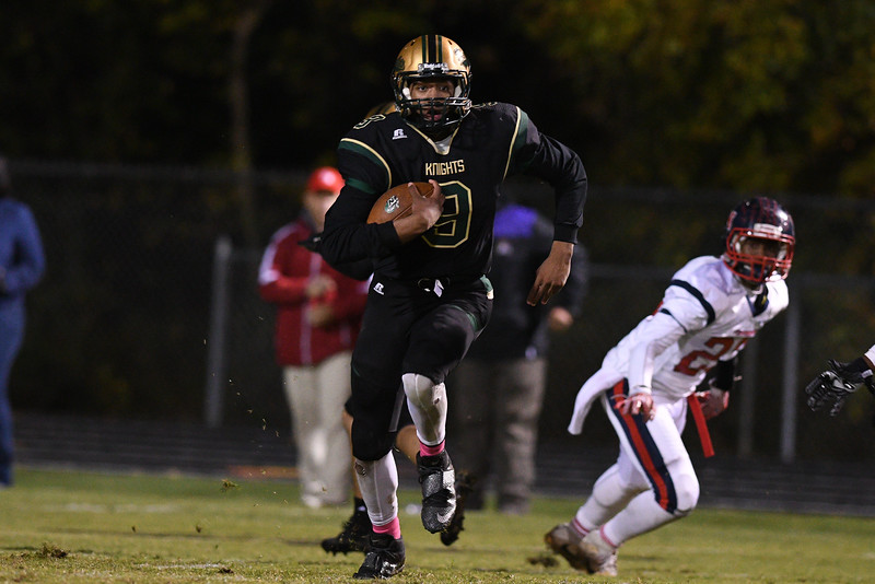 Northern Nash Raymond Bullock III (9) during tonights game.Southern Nash defeats Northern Nash 28-11 Thursday evening November 10, 2016 in Rocky Mount, NC (Photos by Anthony Barham / WRAL contributor.)
