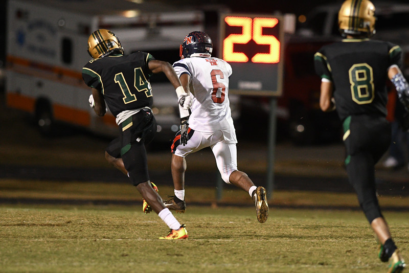 Southern Nash KENDRICK BELL (6) during tonights game.Southern Nash defeats Northern Nash 28-11 Thursday evening November 10, 2016 in Rocky Mount, NC (Photos by Anthony Barham / WRAL contributor.)