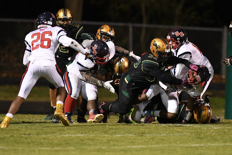 Southern Nash Joey Edgerton (33) during tonights game.Southern Nash defeats Northern Nash 28-11 Thursday evening November 10, 2016 in Rocky Mount, NC (Photos by Anthony Barham / WRAL contributor.)