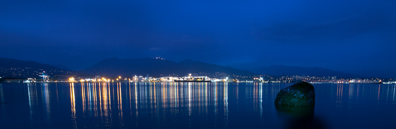 21:53 - Lions Gate Bridge - Blue Hour
