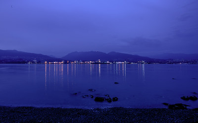 21:34 - Lions Gate Bridge - Blue Hour