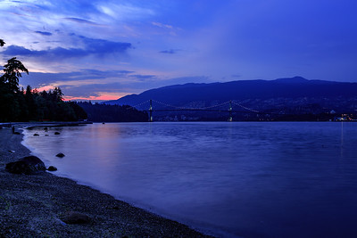 21:27 - Lions Gate Bridge - Blue Hour