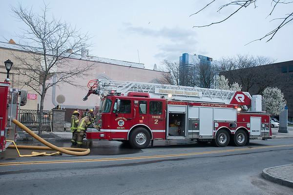 160430 Gazette Fire 1
