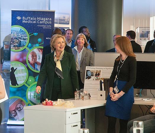 160408 Hillary Clinton 1