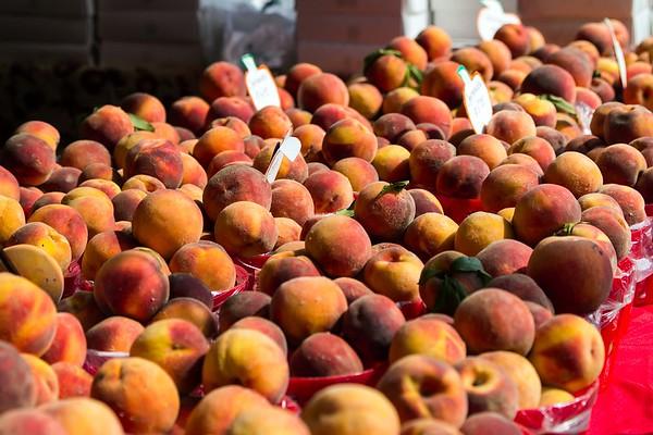 160910 Peach Festival 1