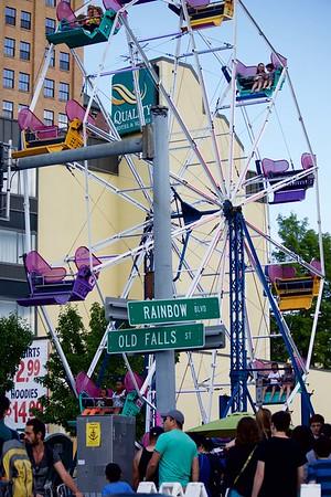 Old Falls Street carnival 2 070216