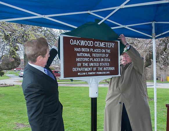 160425 Oakwood Marker 1
