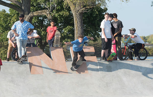 161006  NF Skate Park 1