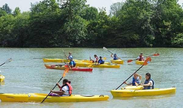 160810 Kayak Kids 1