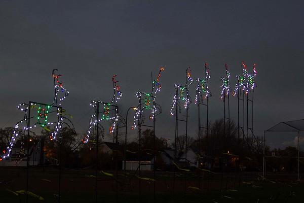 161119 Holiday Lights of Niagara 1
