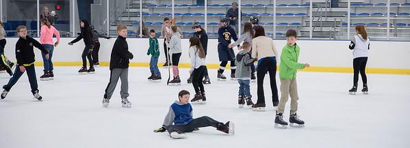 151223 NFHS Hockey Skate 3