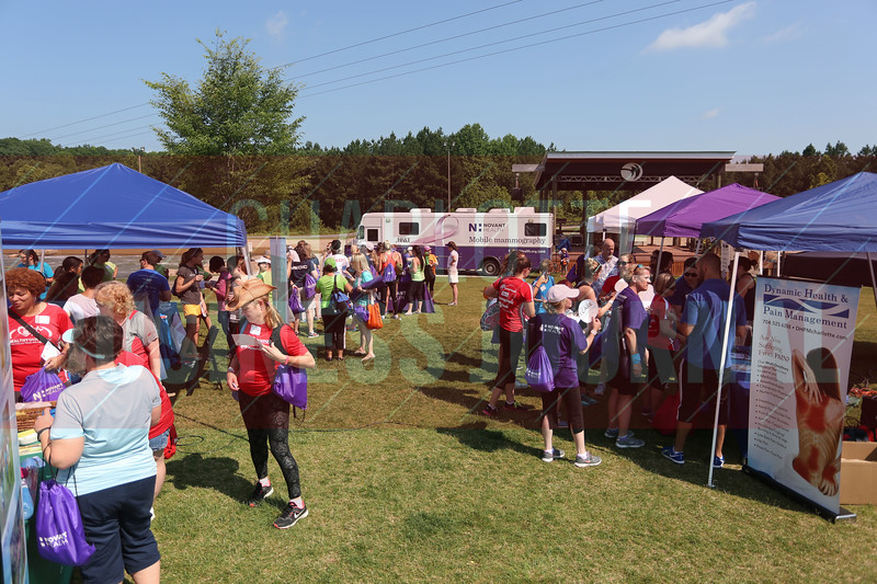 Hundreds visit booths during the Healthiest Employer's event.