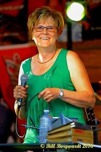 Carol Sieben - Horse Hill Rope Jam 16 0586