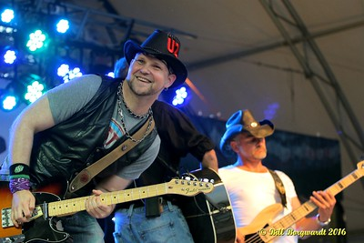 Tommy John Ehman band - Country At The Creek 2016 0334
