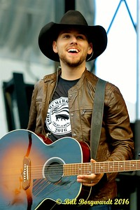 Brett Kissel - Fire Aid 0291