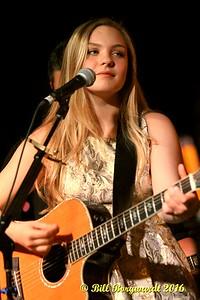 Olivia Rose at Needle Vinyl Tavern 075