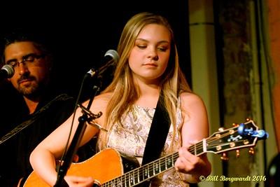 Olivia Rose at Needle Vinyl Tavern 071
