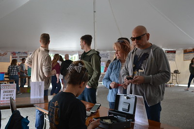 2016 Middle of the Mitt Beer Fest (photos by CJ Turner)