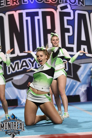 Limelight Cheerleading Wildfire - Small Senior All-Girl 4