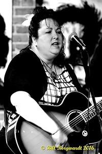 Shawna Lynn McMillan - Musical Mamas 2016 142b