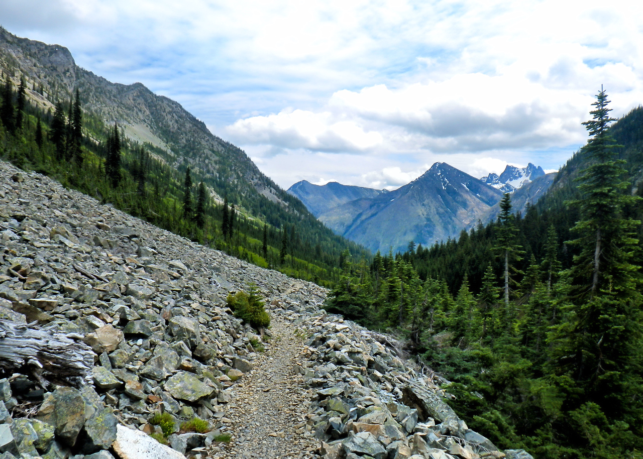 Trail<br /> PCT<br /> Rocky<br /> Mountain<br /> North cascades<br /> Washington