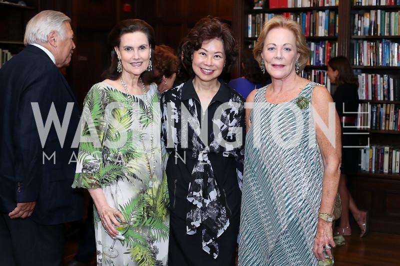 Alexandra de Borchgrave, Sec. Elaine Chao, Diane Flamini. Photo by Tony Powell. 2016 ISH Global Leadership Dinner. ISH. September 8, 2016