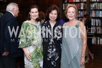 Alexandra de Borchgrave, Sec. Elaine Chao, Diane Flamini. Photo by Tony Powell. 2016 ISH Global Leadership Dinner. ISH. September 8, 2016