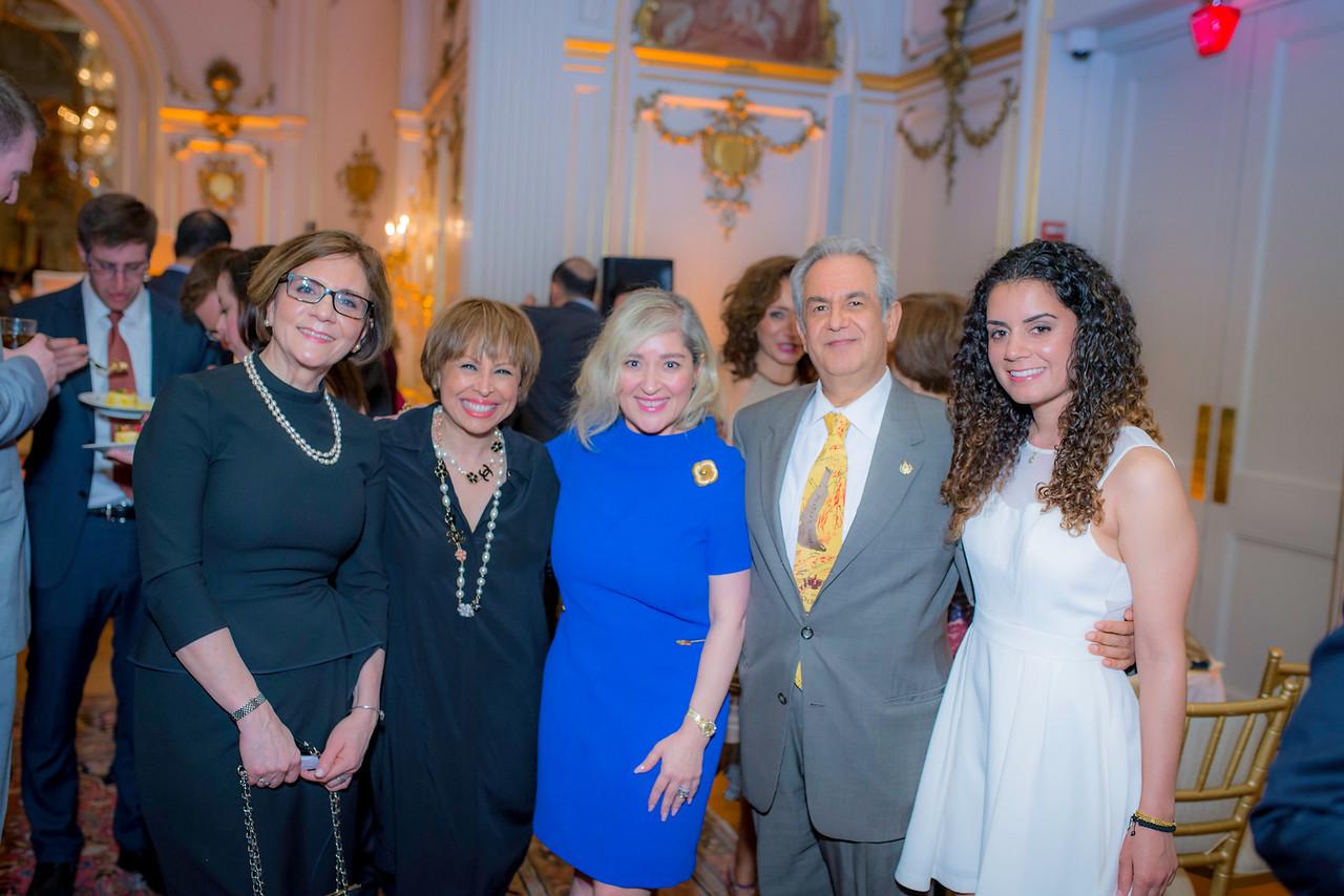 Shadi Moayed, James Ghaisar, Kelly Ghaisar, Shohreh Porsaid