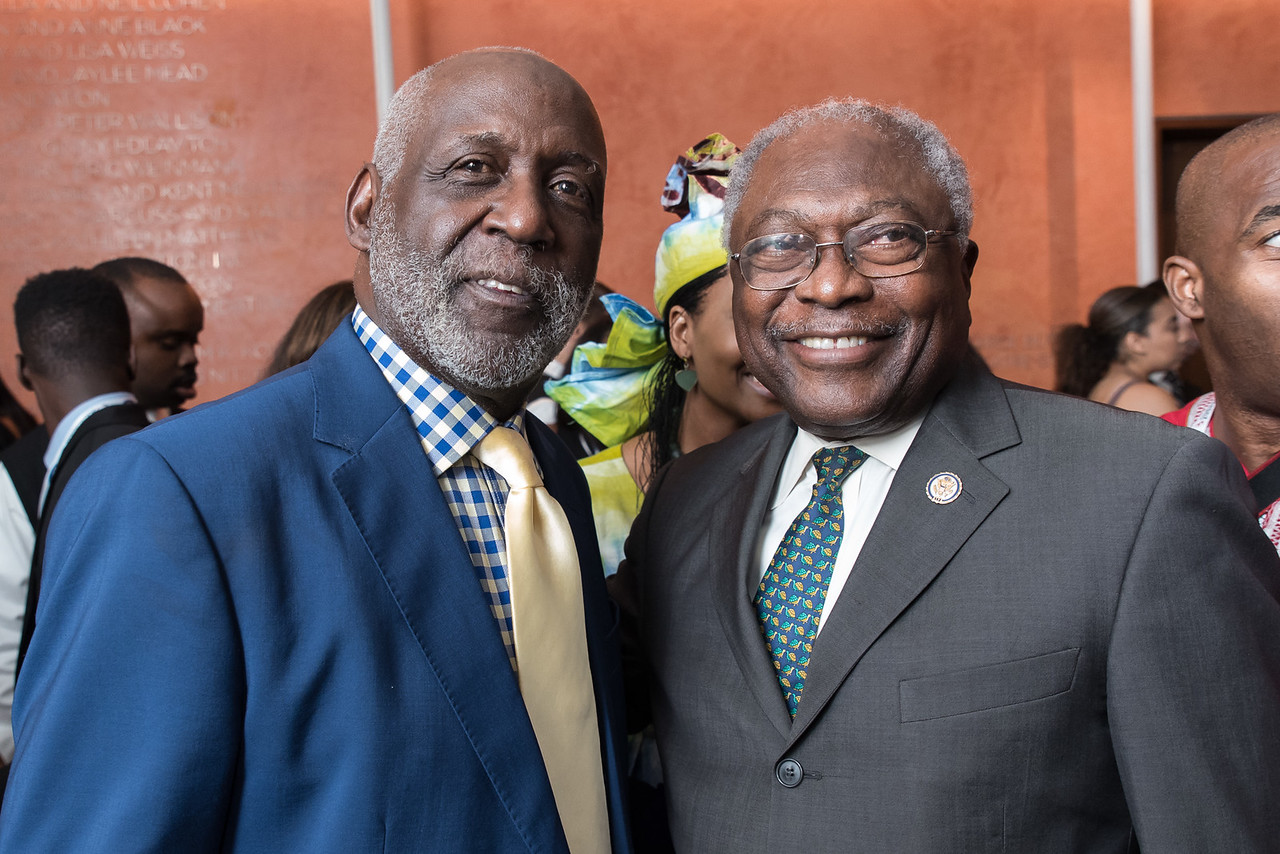 Richard Roundtree and Rep. Jim Clyburn.