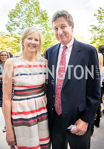 Lee and Peter DiCenso. Photo by Erin Schaff. 2016. McLean Project for the Arts Spring Benefit. The Gardens of Hickory Hill, the historic home of Ashley and Alan Dabbiere. May 24, 2016.