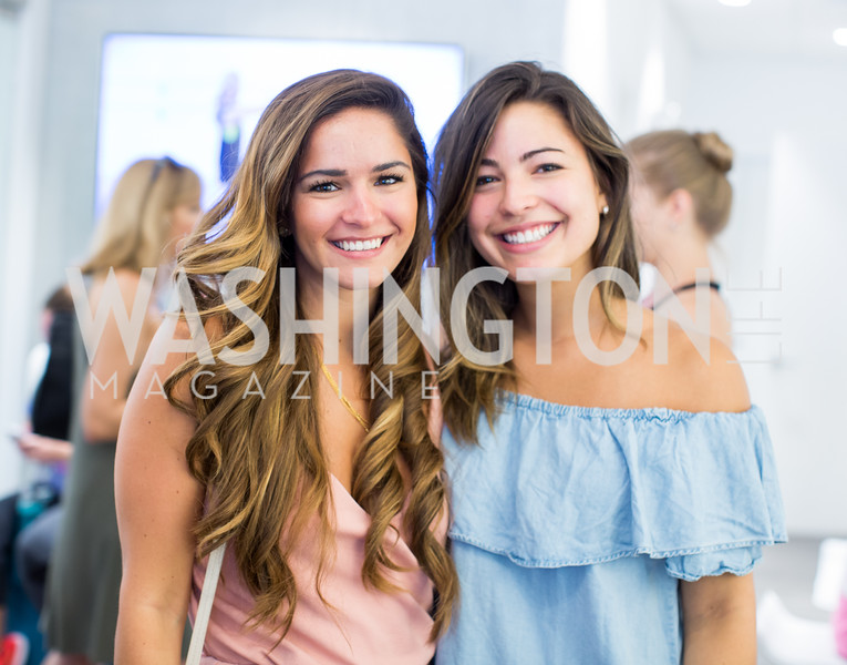 Hillary Alvare, Karina Carlson. Photo by Erin Schaff. Xtend Barre Arlington Launch Party. Xtend Barre Arlington. September 10, 2016.