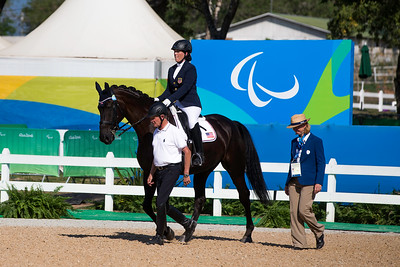 Roxanne Trunell entering the arena with her horse Royal Dancer.