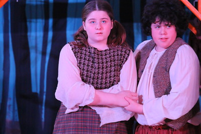 IMG_4229 jillian sherwin and donovan piccicuto as hansel and gretal abandoned by parents in the forest