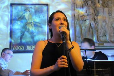 IMG_5761 jodi Bluestein sings Memories-001